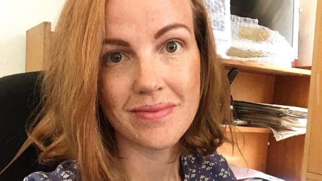 Ronja Bäckström, koordinator av Praktikantprogrammet hos den svenska biståndsorganisationen Individuell Människohjälp.