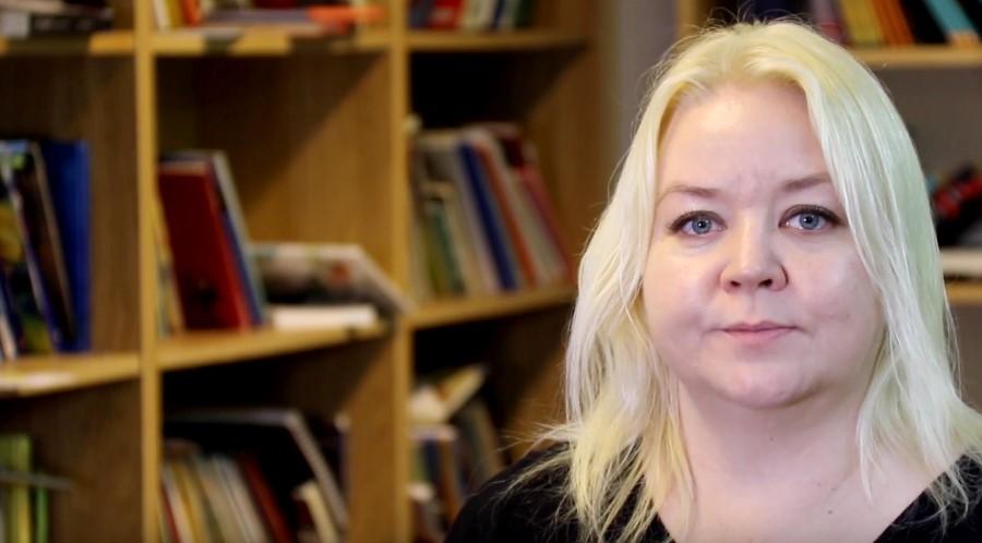 Leena Vuorenmaa, biträdande rektor och projektkoordinator på Dialogskolan i Spånga.